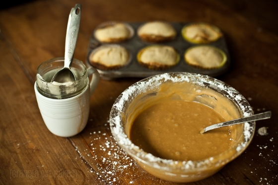 Cinnamon Roll Cupcakes :: Granola Girl bakes 11