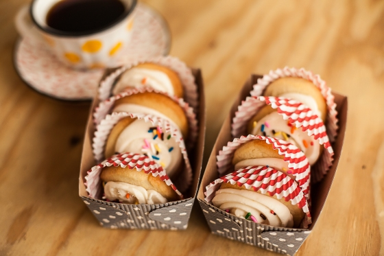 Granola Girl Bakes || Confettie Cookies_0009