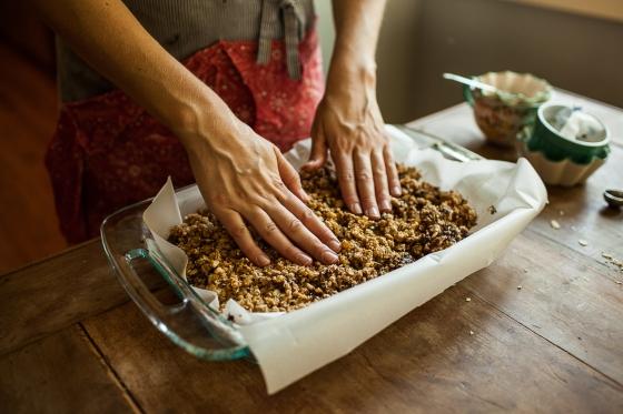 Granola Girl Bakes || Chew Granola Bars 10